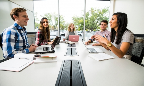 1709-85 0160  1709-85 Marriott School Students  Marriott School of Business Students in the Tanner Building.  September 28, 2017  Jaren Wilkey/BYU  © BYU PHOTO 2017 All Rights Reserved photo@byu.edu  (801)422-7322